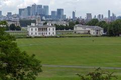 LONDRES, INGLATERRA - 17 DE JUNIO DE 2016: Panorama asombroso de Greenwich, Londres, Reino Unido Fotos de archivo libres de regalías