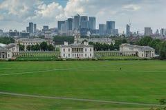LONDRES, INGLATERRA - 17 DE JUNIO DE 2016: Panorama asombroso de Greenwich, Londres, Reino Unido Imagenes de archivo