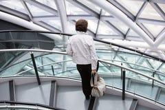 LONDRES, interior da câmara municipal staircase imagem de stock
