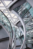 LONDRES, interior da câmara municipal staircase fotos de stock