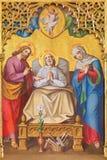 Londres - Jesus Christ ressuscitado entre os anjos no vitral no St Michael Cornhill da igreja imagens de stock royalty free