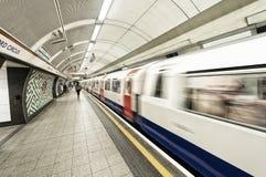 LONDRES - 16 JUIN : Vue intérieure de Londres au fond le 16 juin, Image stock