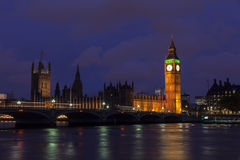 Londres na noite Fotos de Stock Royalty Free