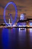 Londres na noite fotografia de stock