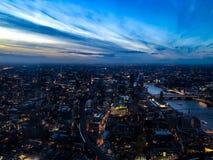 Londres no alvorecer imagens de stock royalty free