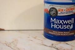 Londres Ontario Canad?, el 20 de abril de 2019: Lata de Maxwell House Brand de editorial llustrative de las habas del caf? molido imágenes de archivo libres de regalías