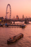Londres, panorama sur la Tamise Photographie stock