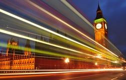 Londres por noche Imágenes de archivo libres de regalías