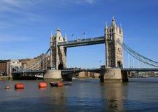 Londres. Puente de la torre foto de archivo