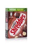 LONDRES, R-U - 10 JANVIER 2018 : Paquet de grain entier de chocolat de Shreddles ceral pour le petit déjeuner sur le blanc Produi Photo stock