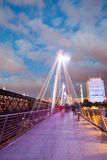 30 07 2015, LONDRES, R-U, Londres à l'aube Vue de pont d'or de jubilé Photographie stock libre de droits