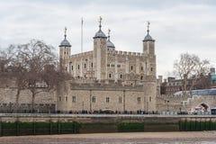 Londres, R-U - vers en mars 2012 : Les traîtres déclenchent dans la tour de Londres Photos stock
