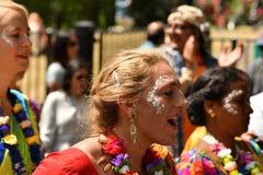 24/06/2018 Londres Reino Unido Colores preciosos en las calles Fotos de archivo libres de regalías