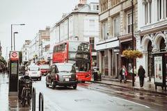 Londres, Reino Unido - 18 de agosto de 2017: As ruas de Londres Imagens de Stock