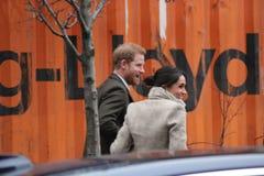 Londres, Reino Unido 9 de janeiro de 2018 Rádio de Reprezent da visita do príncipe Harry e do Meghan Markle em POP Brixton para v fotos de stock royalty free