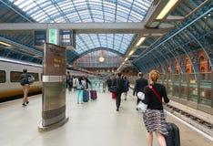 LONDRES, REINO UNIDO - 21 de junho de 2016 Opinião bonita da rua de Imagens de Stock