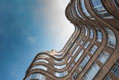 LONDRES, REINO UNIDO - 12 DE MAIO DE 2016: Opinião de baixo ângulo Art Deco Flori Imagens de Stock Royalty Free