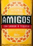 LONDRES, REINO UNIDO - 23 DE MARÇO DE 2017: Etiqueta da garrafa do branco de Beeron do Tequila dos amigo Uma cerveja fabricada ce Fotografia de Stock Royalty Free