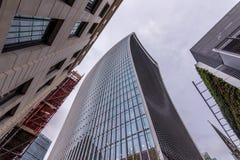 Londres, Reino Unido - 29 de março de 2017: O arranha-céus na rua de 20 Fenchurch Fotografia de Stock