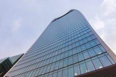 Londres, Reino Unido - 29 de marzo de 2017: El rascacielos en la calle de 20 Fenchurch Imagenes de archivo
