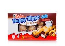 LONDRES, Reino Unido - 17 de novembro de 2017: Caixa feliz do hipopótamo do chocolate mais amável no branco Umas barras mais amáv Fotografia de Stock
