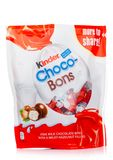LONDRES, Reino Unido - 17 de noviembre de 2017: Bons más buenos del chocolate en blanco Barras más buenas son producidas por Ferr Fotos de archivo