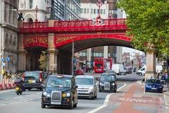 LONDRES, REINO UNIDO - 19 DE SEPTIEMBRE DE 2015: Viaducto de Holborn, 1863-1869 El coste de construcción estaba sobre £2 millón Fotografía de archivo libre de regalías