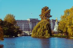 05/11/2017 Londres, Reino Unido, el Buckingham Palace imagen de archivo libre de regalías