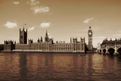 Londres, Reino Unido - palacio de las casas de Westminster de Parlia Foto de archivo