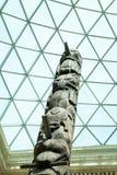 29 07 2015, LONDRES, Reino Unido, tótemes de BRITISH MUSEUM de la Columbia Británica, Canadá Fotografía de archivo