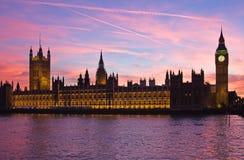 Londres. Torre de pulso de disparo de Ben grande. Fotografia de Stock Royalty Free