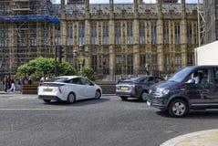 Londres, Toyota Prius imagens de stock royalty free