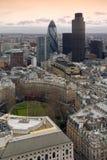 Londres, una visión aérea general sobre el districto financiero de la ciudad Fotos de archivo