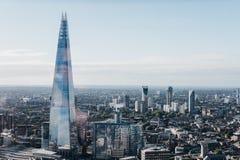 Londyńska linia horyzontu i czerep wysoki budynek w mieście Obraz Stock