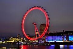 Londyński oko w nocy światłach | długa ujawnienie fotografia żadny 3 Obrazy Royalty Free