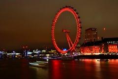 Londyński oko w nocy światłach | długa ujawnienie fotografia żadny 2 Zdjęcie Royalty Free