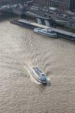 Londyński przyjemność krążownik na rzecznym Thames Fotografia Stock
