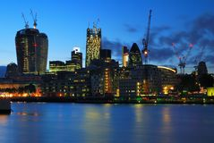 Londyńskiego centrum miasta nowi drapacze chmur w budowie Zdjęcie Stock