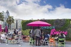 Londyńskiego miasta Riviera podręczny teren obraz royalty free