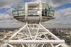 Londyńskiego oka pasażerski strąk przeglądać przy wysokością Zdjęcia Royalty Free