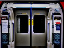 Londyńscy Podziemni drzwi fotografia royalty free