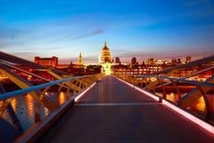 Londyńska milenium mosta linia horyzontu UK Zdjęcie Royalty Free