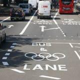 Londyński Olimpijski ruch drogowy ograniczenia pas ruchu Obraz Royalty Free
