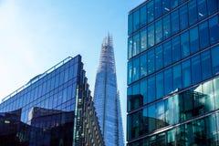 LONDYN, APR - 20: Czerepu budynek przy zmierzchem obrazującym na Kwietniu 20th, 2017, w Londyn Czerep otwierający społeczeństwo Zdjęcia Royalty Free