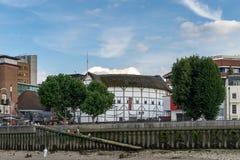 LONDYN, CZERWIEC - 25: The Globe theatre w Londyn na Czerwu 25, 2014 Zdjęcie Stock