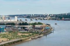LONDYN, CZERWIEC - 25: Widok od Londyńskiego wagonu kolei linowej w kierunku Th Obraz Royalty Free