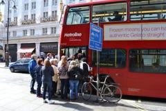 Londyn dojeżdżać do pracy transport publicznego Zdjęcie Stock