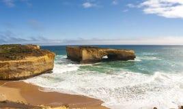 Londyn oceanu ??kowata pobliska Wielka droga, Portowy Campbell park narodowy, Australia zdjęcie royalty free