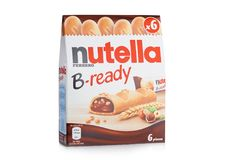 LONDYN, UK - GRUDZIEŃ 01, 2017: Nutella gotowi czekoladowi bary nox na bielu Nutella jest gatunku imieniem czekoladowy hazelnut Obraz Royalty Free