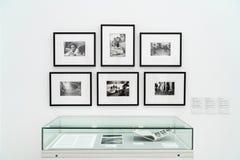 LONDYN, UK - KWIECIE? 1, 2019: Tate Modern w Londyn Galeria, ekspozycja obraz stock
